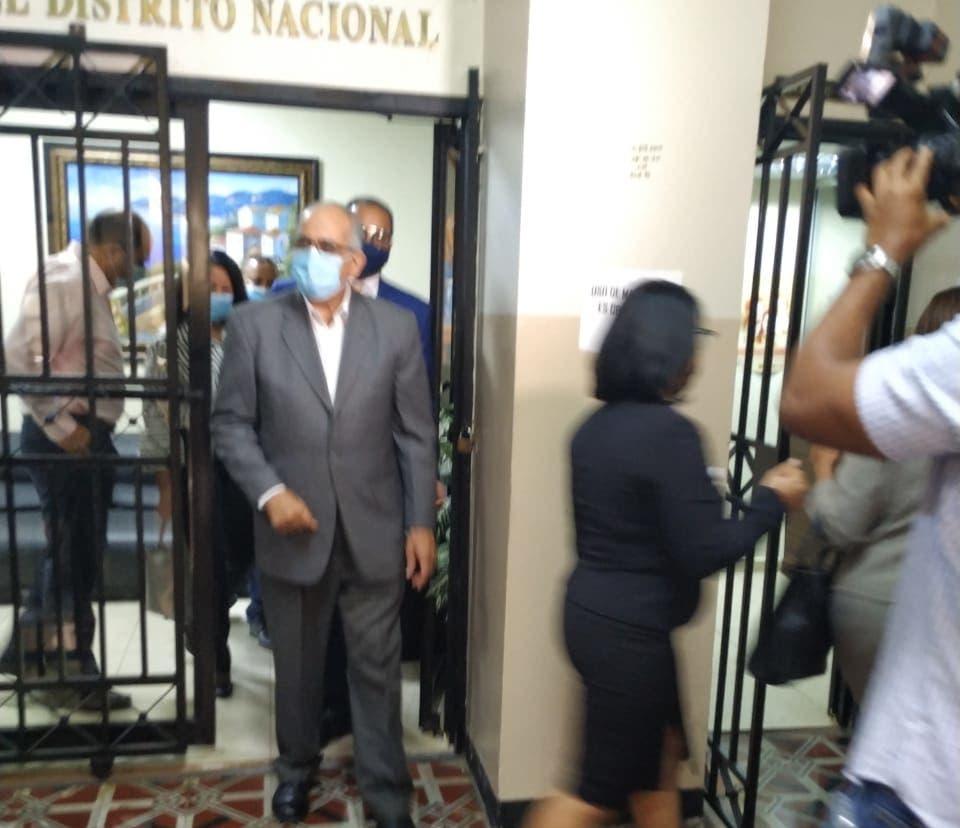 Juez fija para agosto juicio preliminar contra Faña por agresión sexual