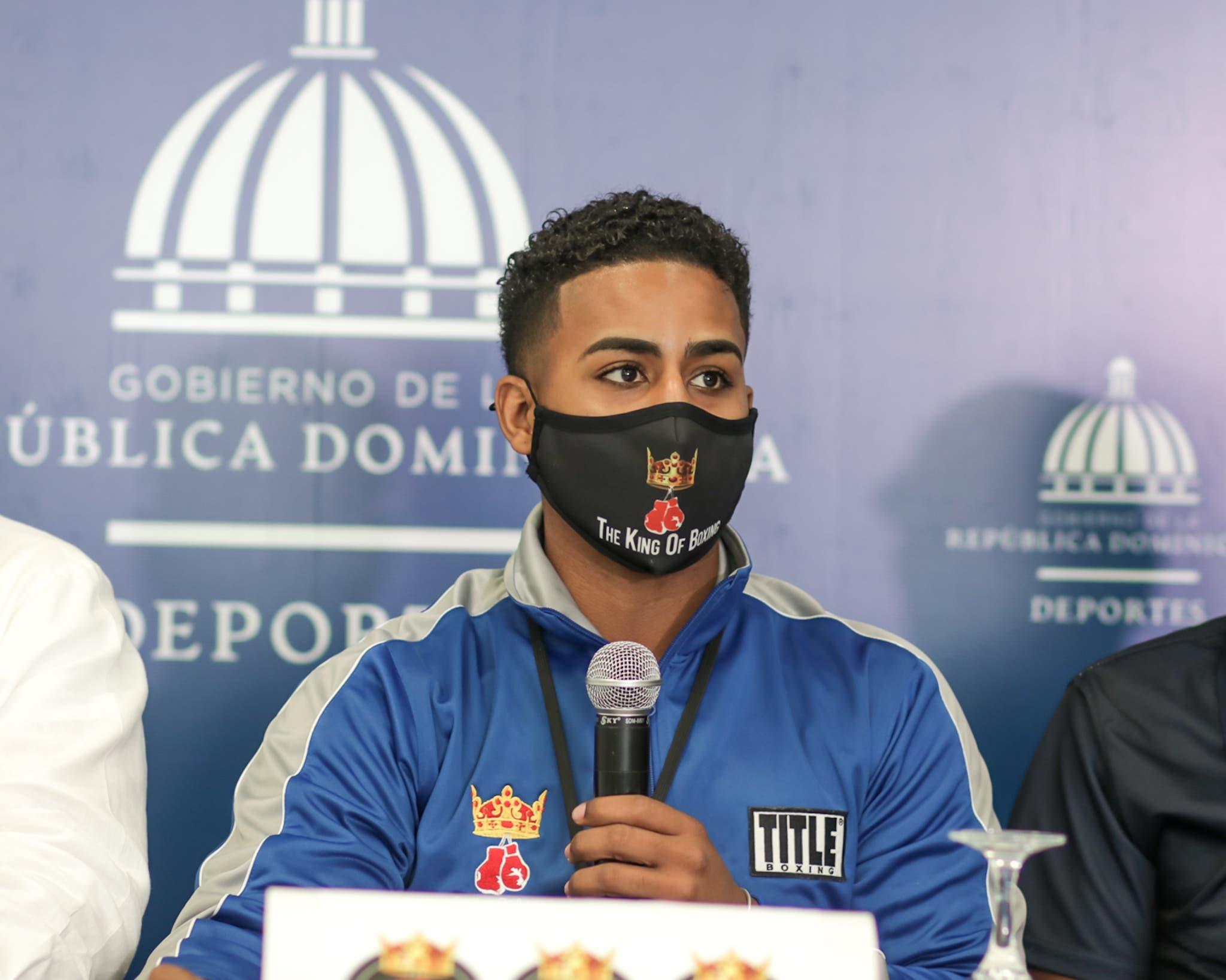 El dominicano Valdez arriesgará su faja latina del peso gallo contra el mexicano Gerónimo
