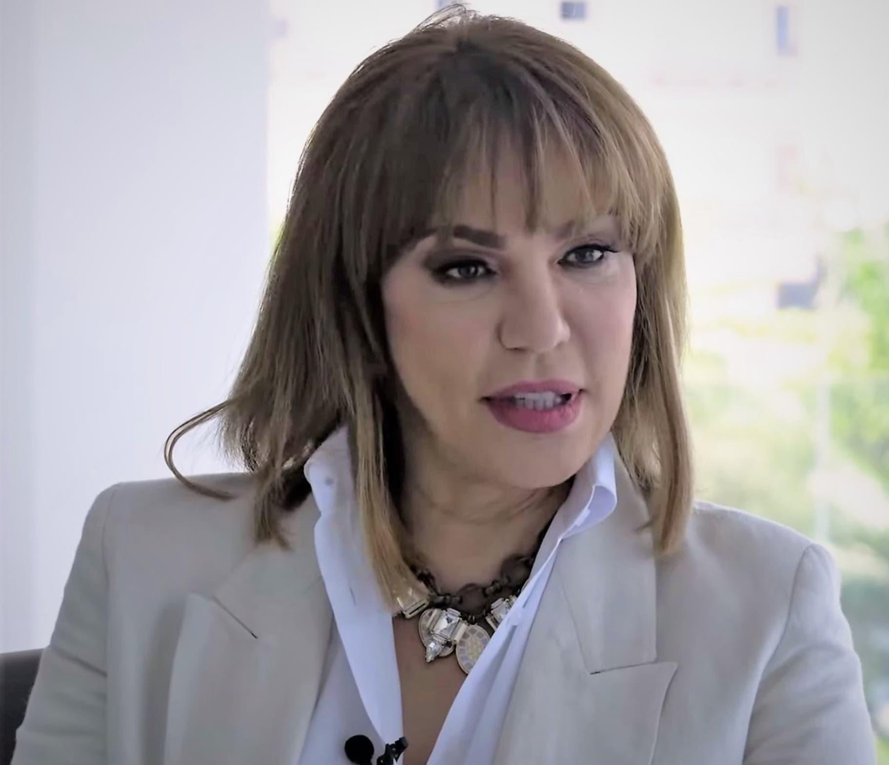 Vocera de la Presidencia enfrenta a periodistas para evitar funcionarios respondan preguntas