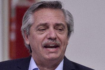 España ofrece apoyo total a Argentina ante deuda con FMI
