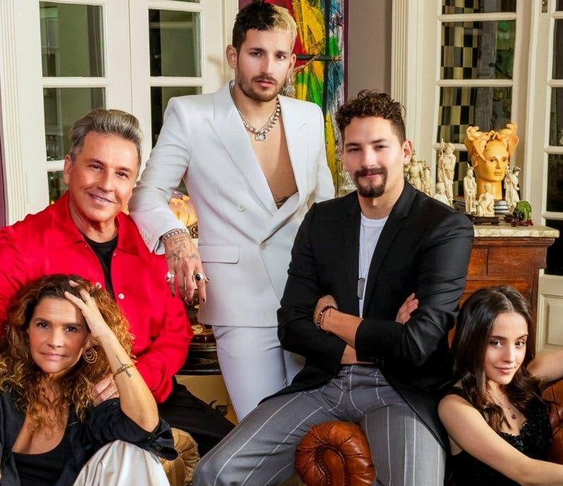 Ricardo Montaner tendrá una serie junto a su familia