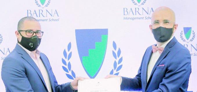 Barna abre su convocatoria de becas para el MBA