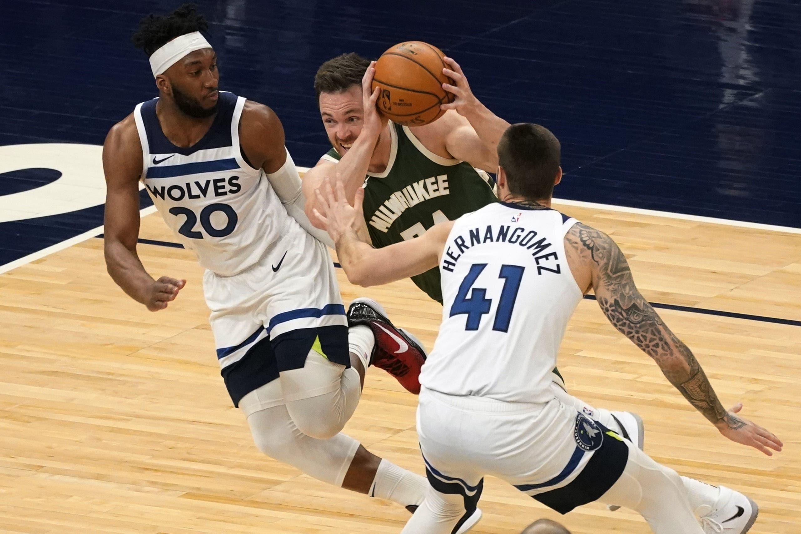 Los Bucks superaron fácilmente por 130-105 a los Timberwolves