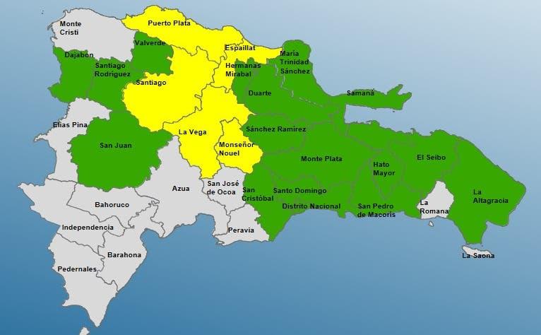 Al menos 21 comunidades incomunicadas por lluvias; COE aumenta a 21 las provincias en alerta