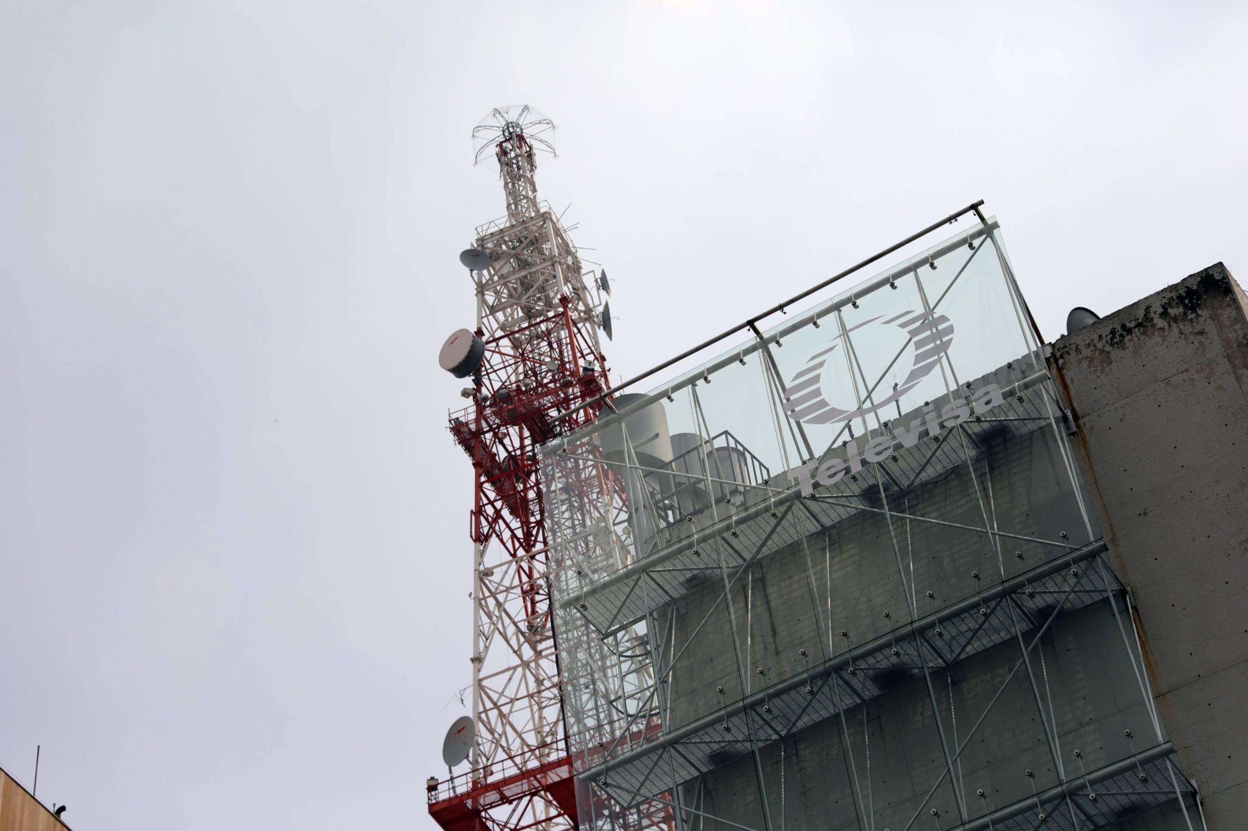 Televisa y Univision afrontan grandes retos para ser el gigante en español