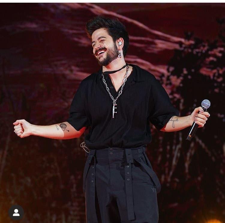 Con los Latin AMAs, Telemundo logra su segunda premiación en vivo