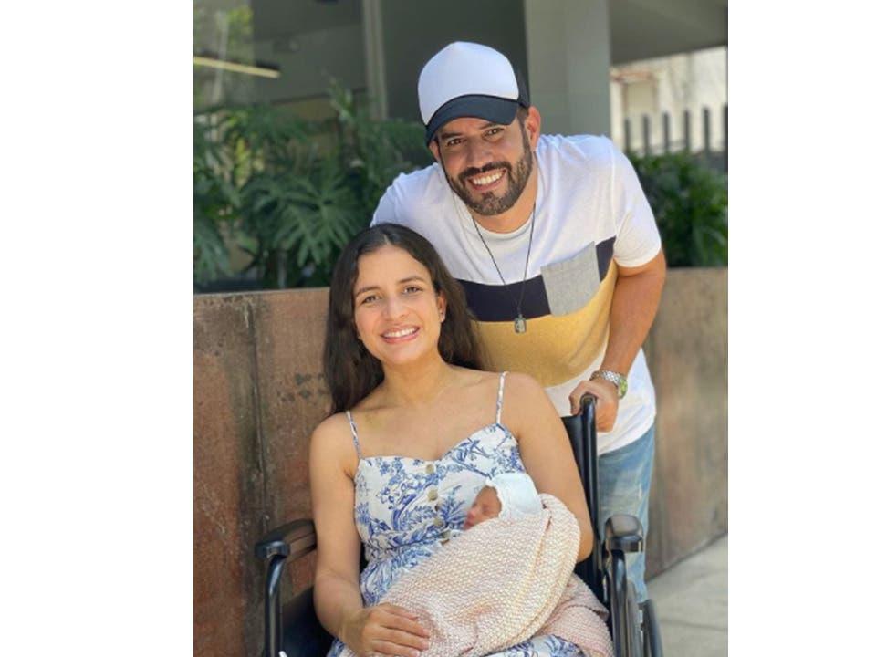 Esposa de Manny Cruz recibe hoy el alta médica