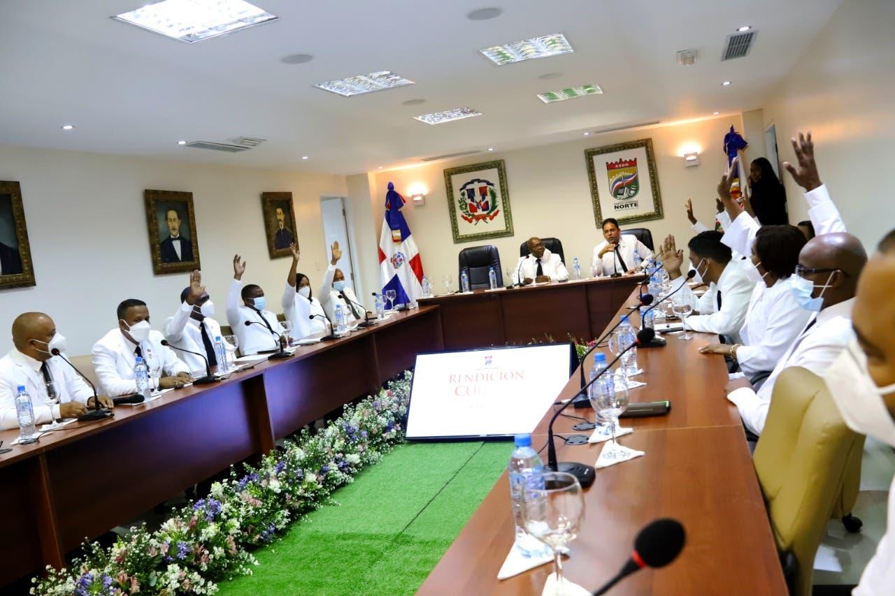 Concejo de Regidores de Santo Domingo Norte escoge sus bufetes directivos