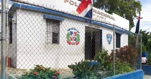 Policía reapresa a 12 de 23 que se fugaron del destacamento  de Haina