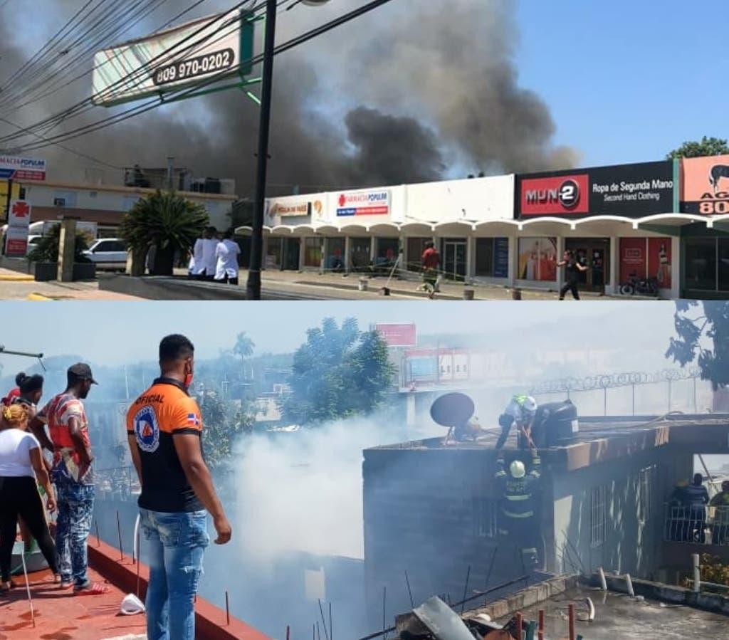 Incendio afecta más de 10 viviendas y comercios en sector Padre Granero de Puerto Plata