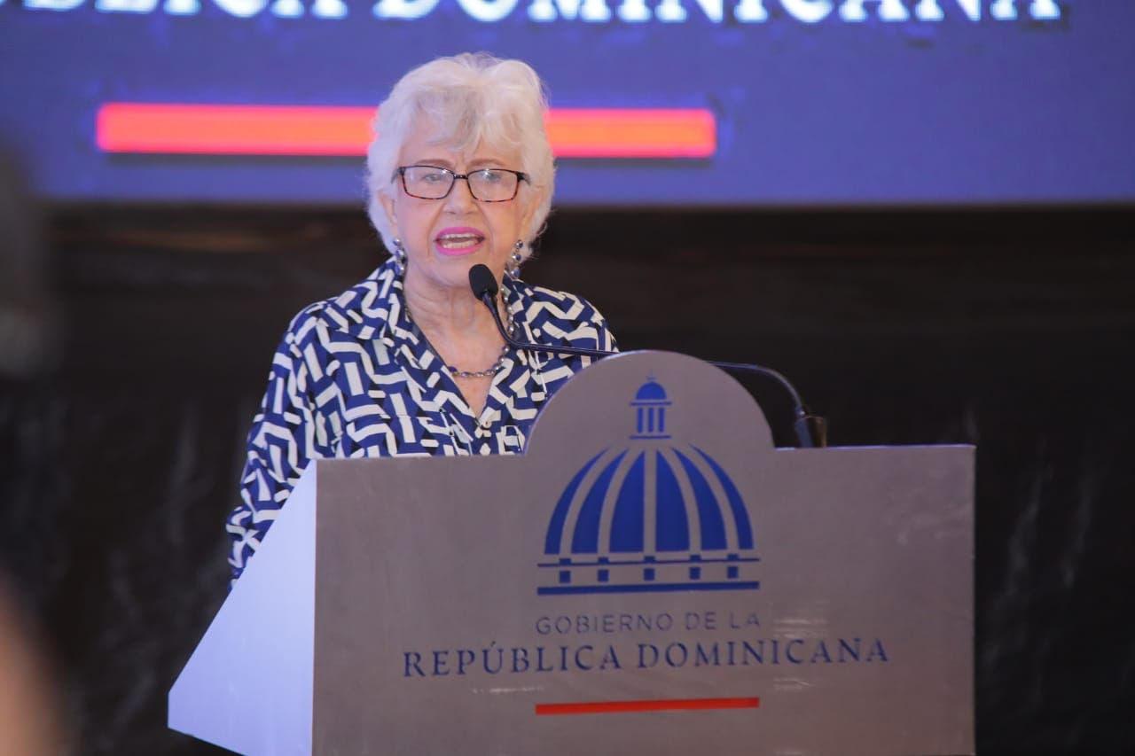 Ortiz Bosch llama a la JCE limitar gastos durante los procesos electorales
