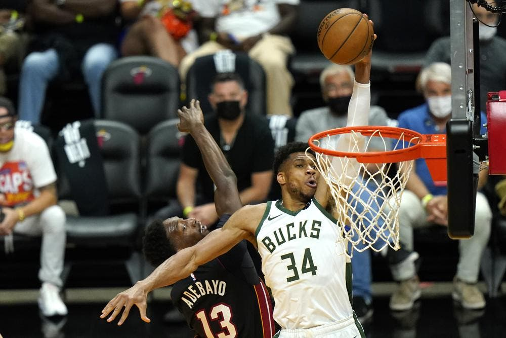 Bucks vencen a Heat y pasan a la segunda ronda de playoffs