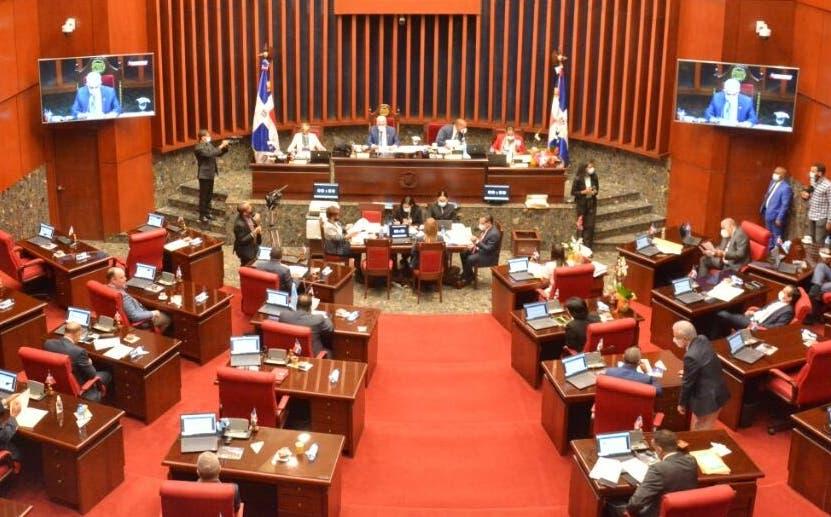 Senado aprueba proyecto  de ley para terminación de obras