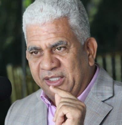 Comisionados evalúan aspirantes a Defensor del Pueblo