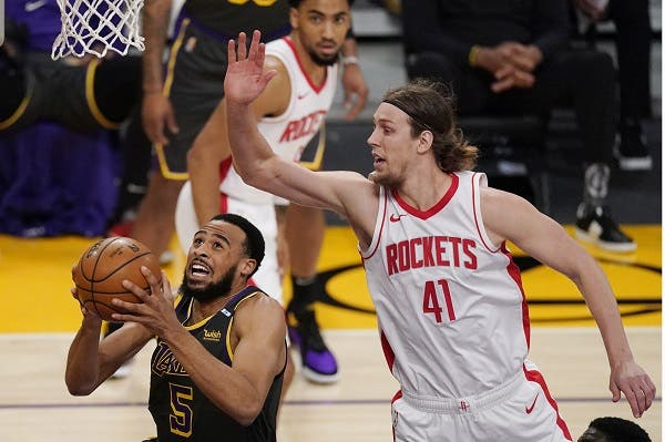 Lakers hilan 3ra victoria gracias a canasta tardía de Kuzma