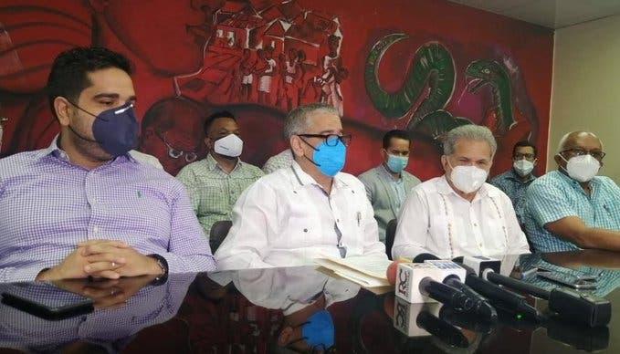 Médicos no darán servicios a ARS Humano desde este lunes; amenazan con paralizar SeNasa
