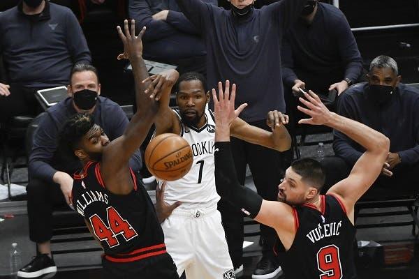 Durant y Nets superan los 41 puntos de LaVine y ganan a Bulls