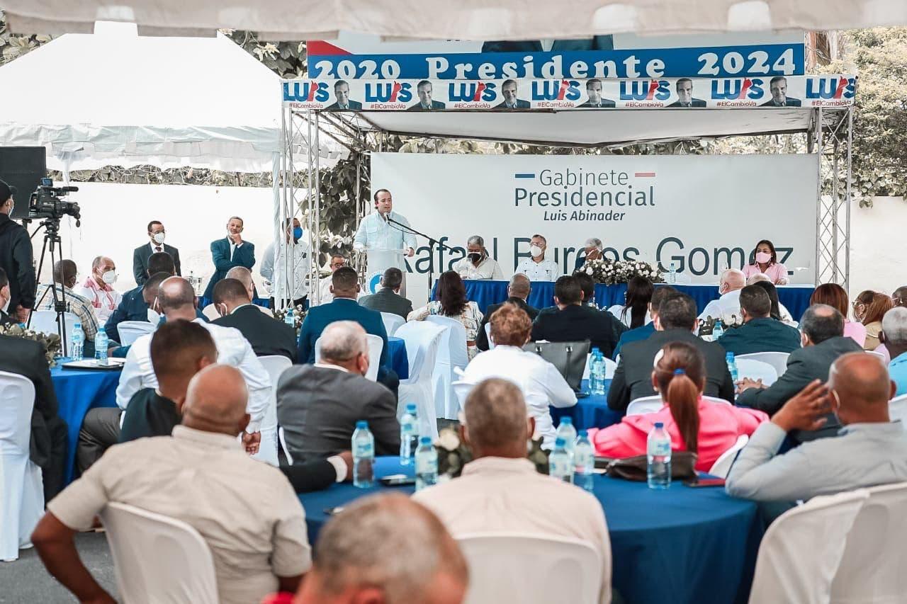 Paliza encabeza encuentro dirección política PRM en la provincia Santo Domingo