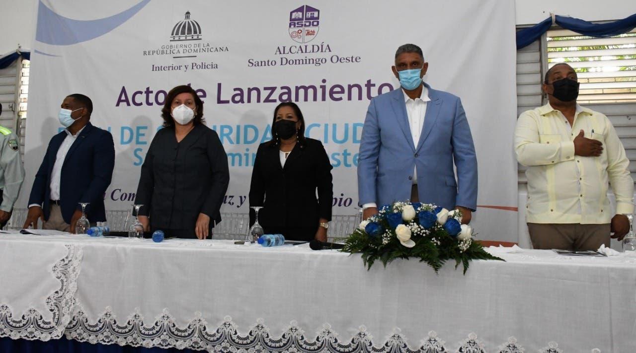 Lanzan Plan Municipal de Seguridad Ciudadana en Santo Domingo Oeste