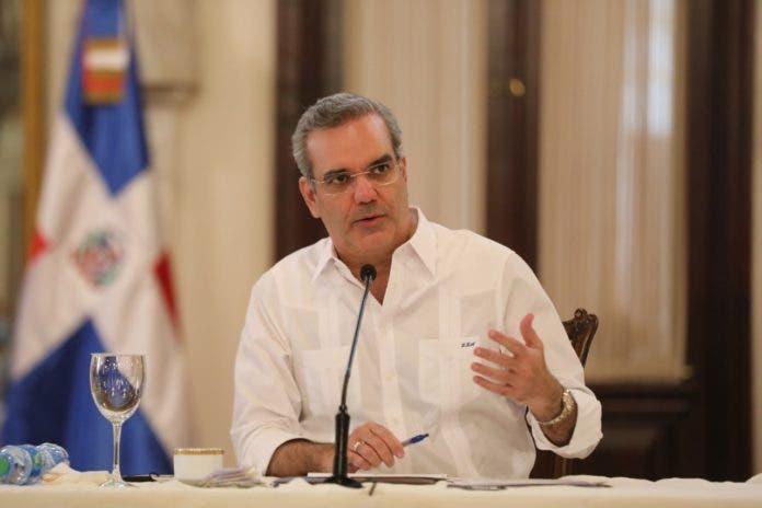 Luis Abinader, periódico El Día