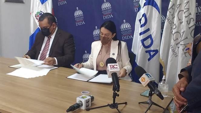 Dida y Comisión de Energía firman acuerdo de colaboración