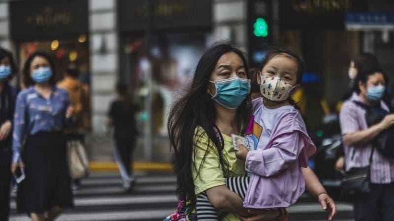 China permitirá a las parejas tener tres hijos