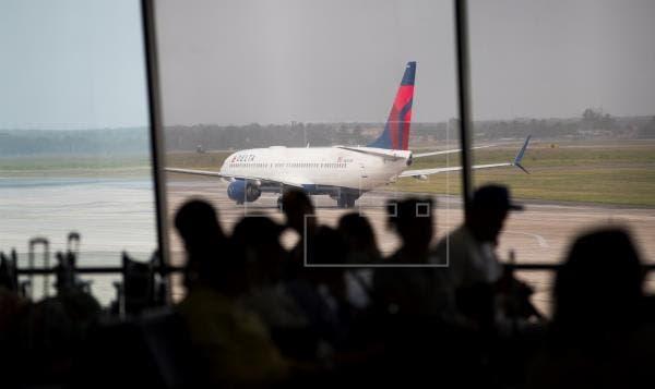Acto vandálico provocó falla en luces pista de aterrizaje en el AILA, afirma la vicepresidenta