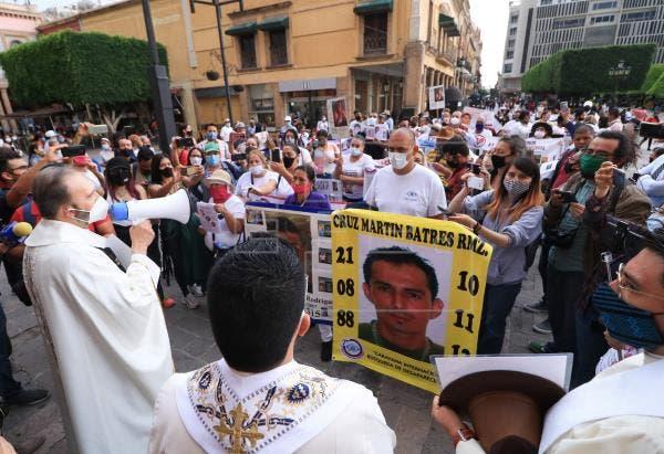 Caravana de familiares busca a desaparecidos en estado mexicano de Guanajuato