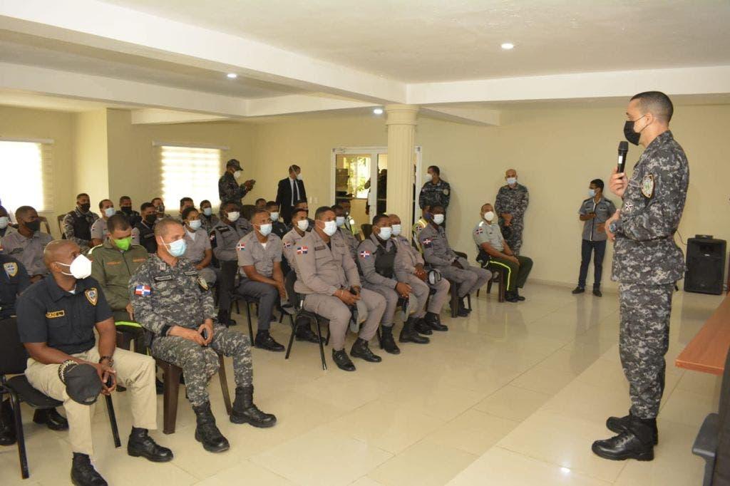 Director de la Policía realiza recorrido por Nagua y Las Terrenas