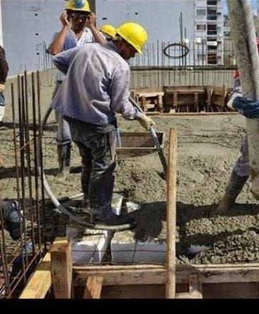 Ingenieros podrían parar obras Estado por alzas