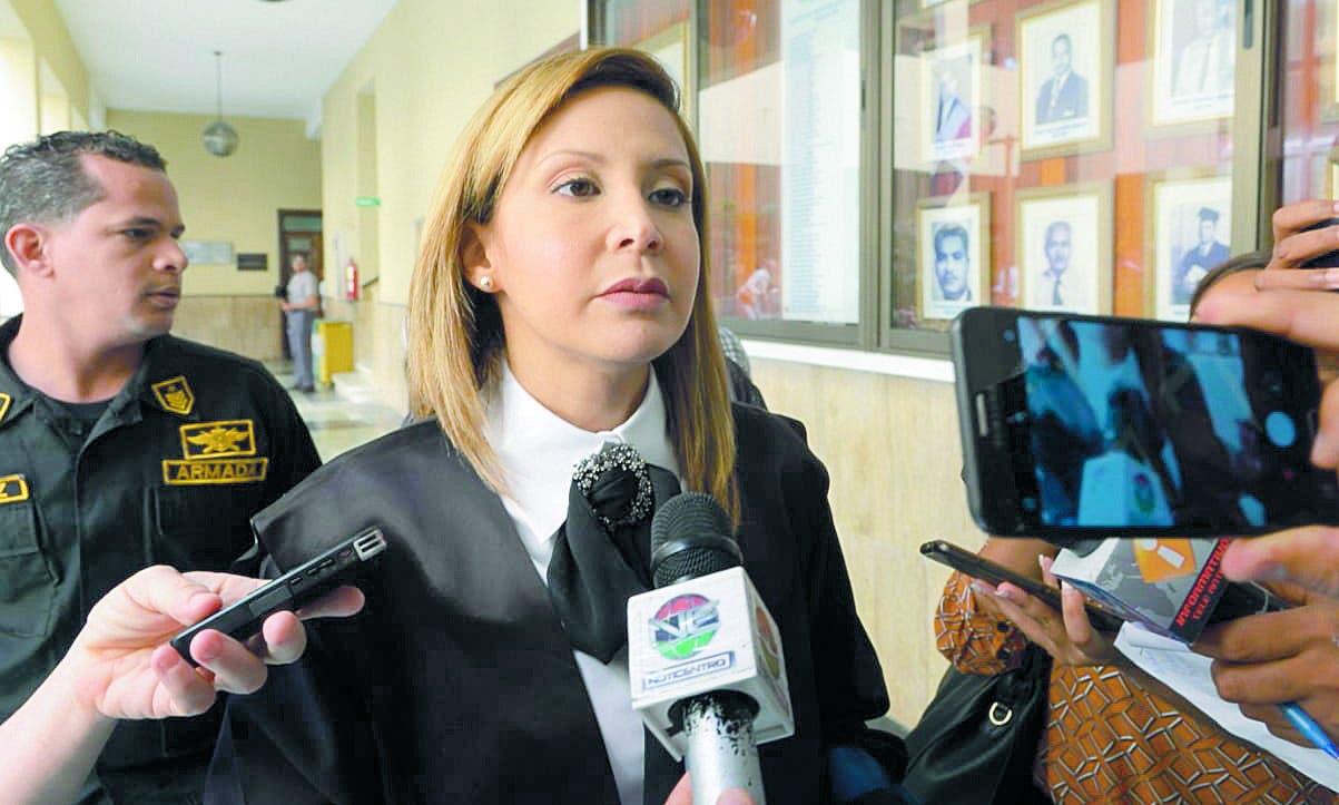 Administradora ignora violación a compras