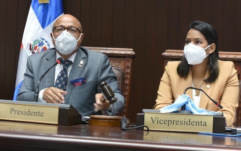 Diputados aprueban explorar petróleo San Pedro de Macorís