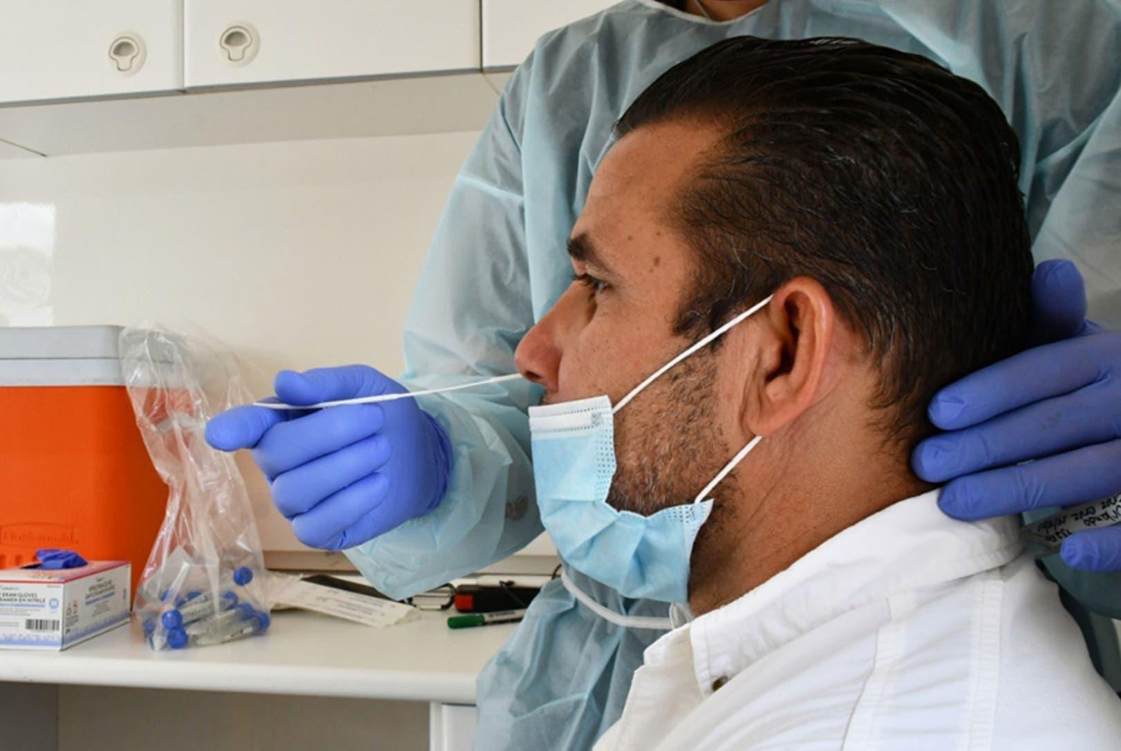 Prueba antígenos no siempre detecta inmunidad vacunas