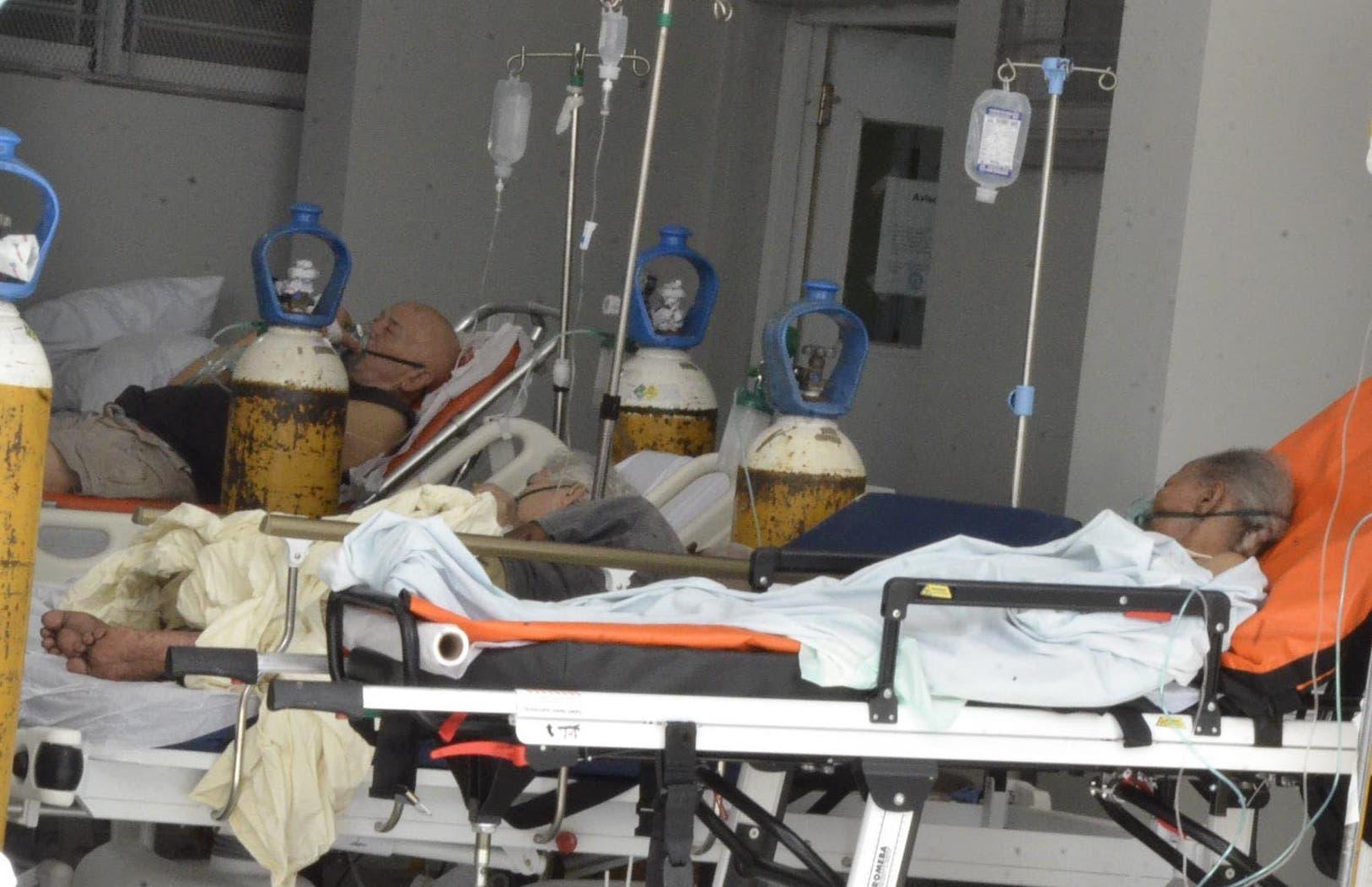 El elevado costo pagado por pacientes Covid sin seguro