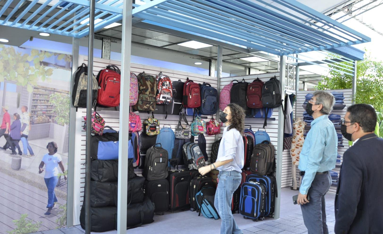 Buhoneros de la Duarte ven positivo cambios en la zona