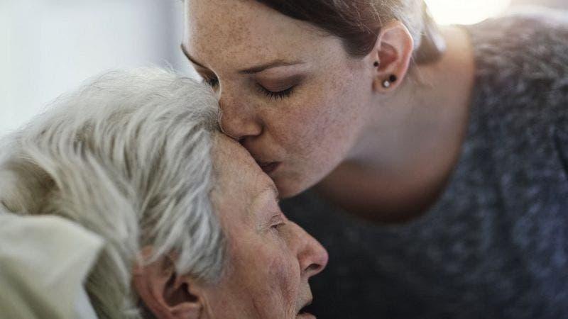 «Lucidez terminal»: ¿por qué algunos pacientes gravemente enfermos mejoran justo antes de morir?