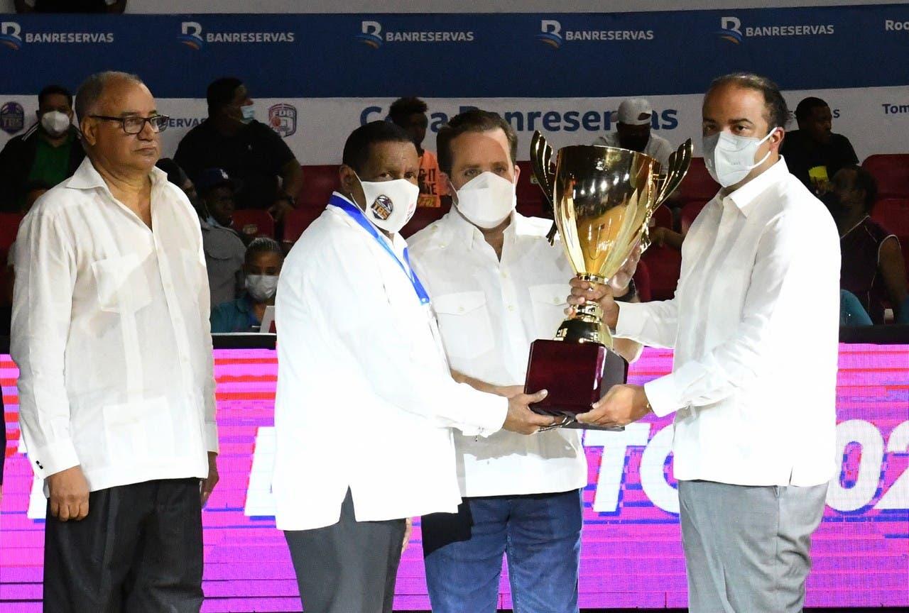 Abadina y Comité Organizador del TBSDistrito 2021 felicitan al club Mauricio Báez