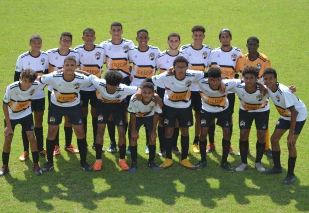 El equipo los Atléticos de Baní es el campeón de la región sur en fútbol sub-18