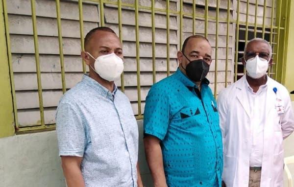 Dirigente comunitario exhorta a población vacunarse contra Covid-19