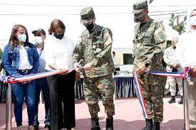 Entidades inauguran una escuela vocacional