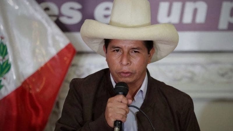 Con el conteo de votos al 100%, Castillo supera a Fujimori en la segunda vuelta de las presidenciales