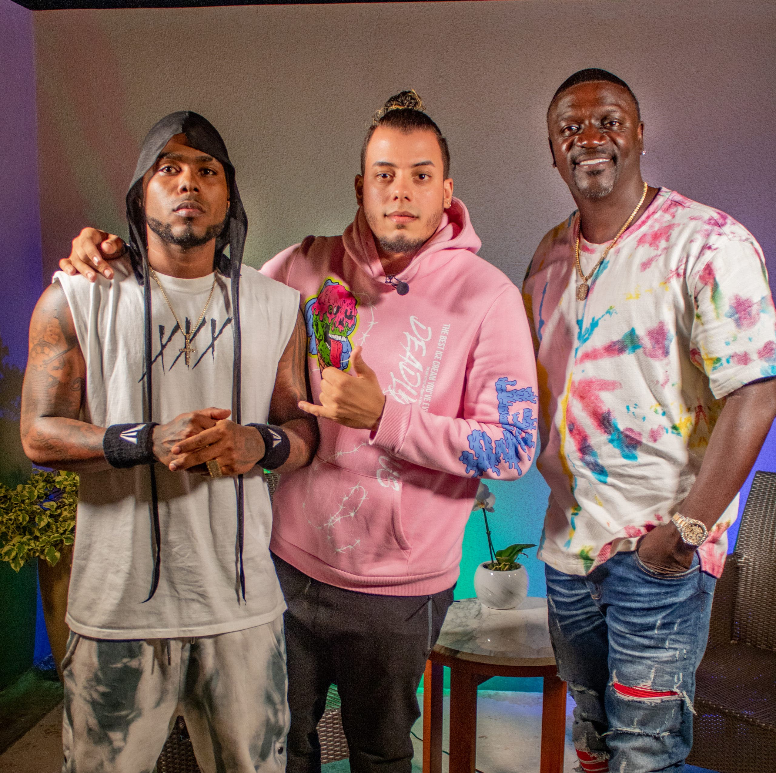 Akon: «La República Dominicana es muy pequeña para Omega»