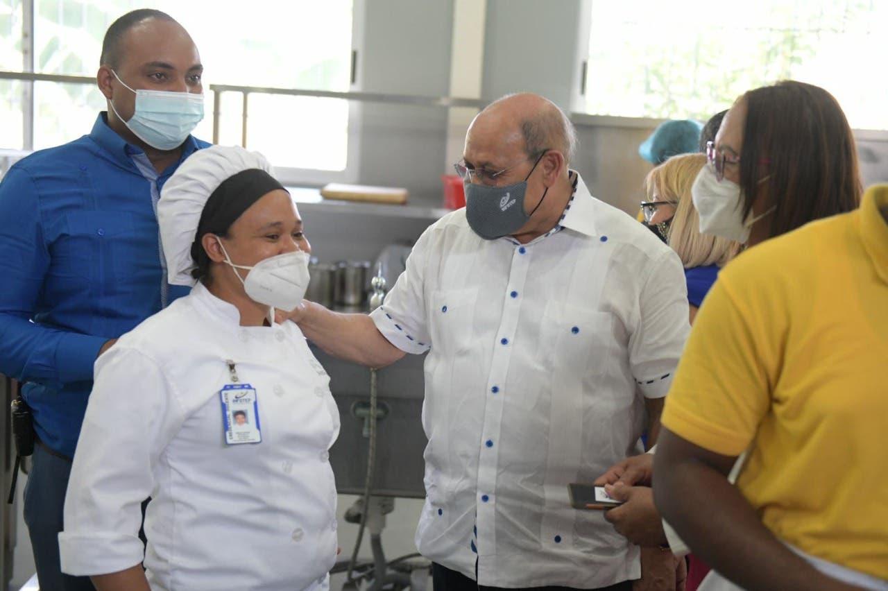 Director del INFOTEP presenta ejecutorias de San Juan de la Maguana