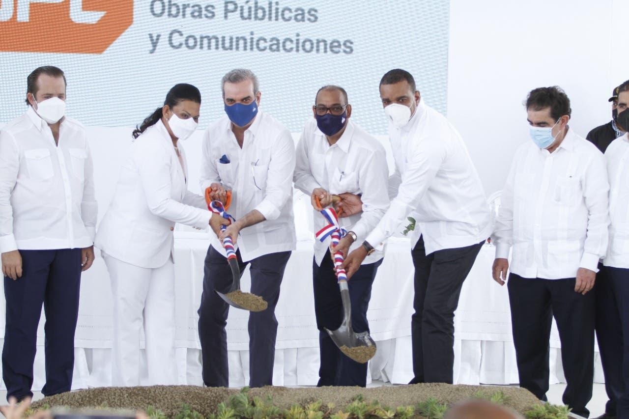 «Se cumple un sueño con la construcción de la avenida Circunvalación en Moca», exclama senador Carlos Gómez