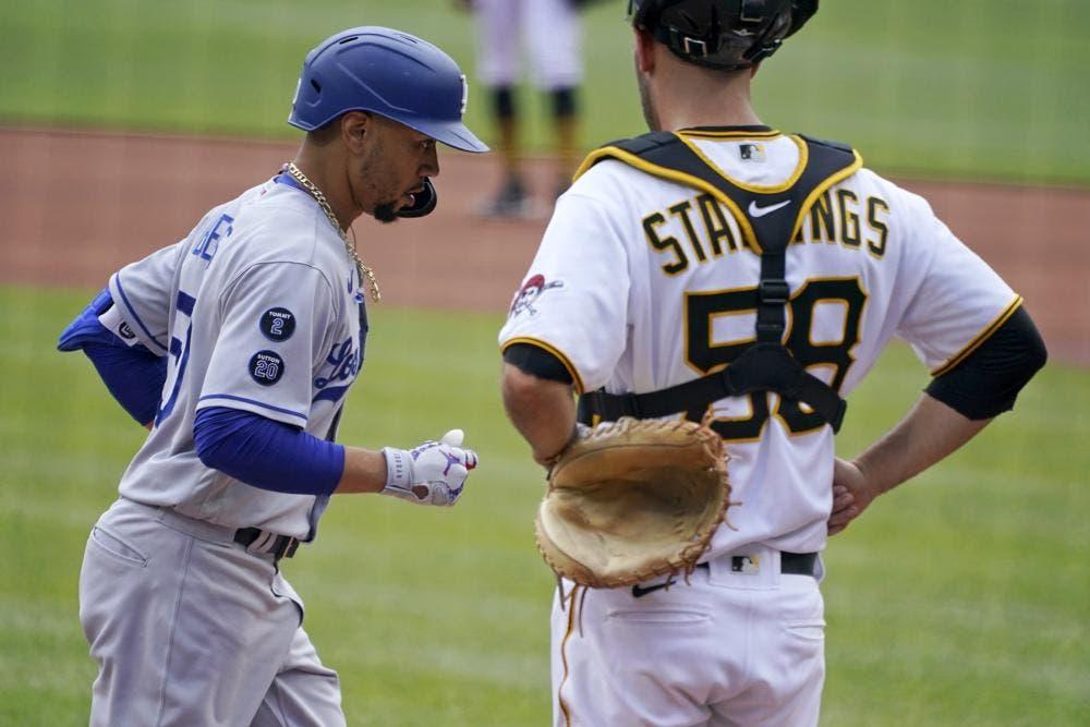 Betts jonronea, Urias logra novena victoria y Dodgers vencen a Piratas