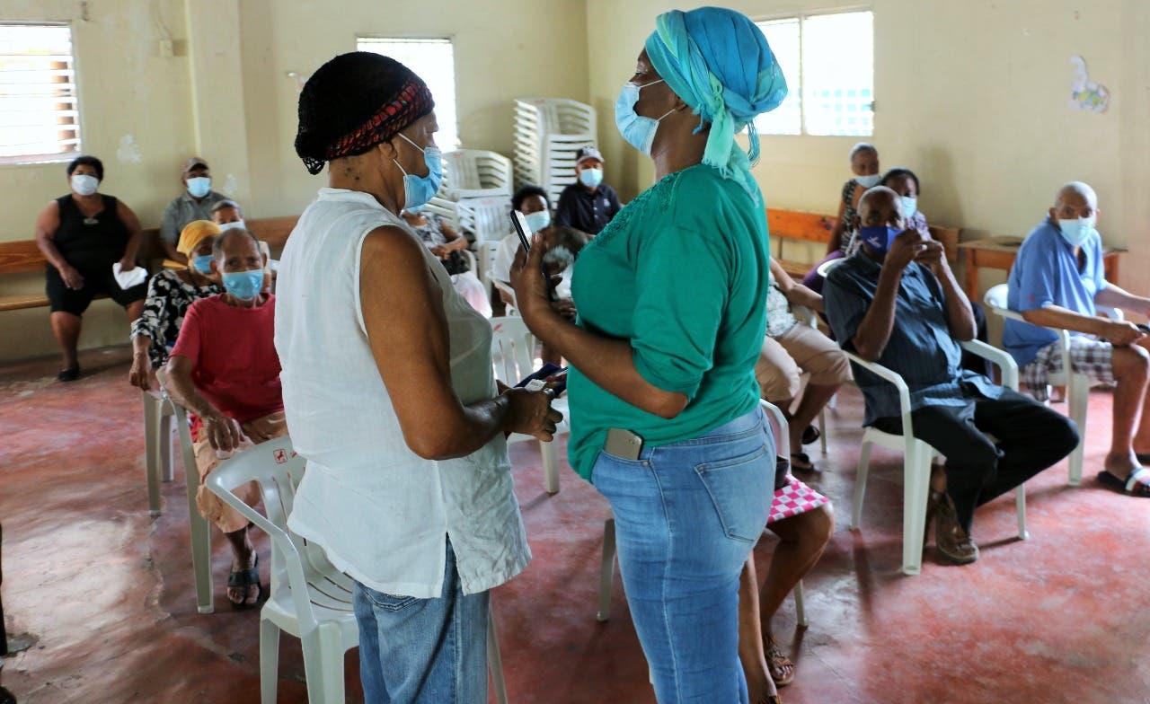 Centro de salud Comunitario y Senasa asisten envejecientes