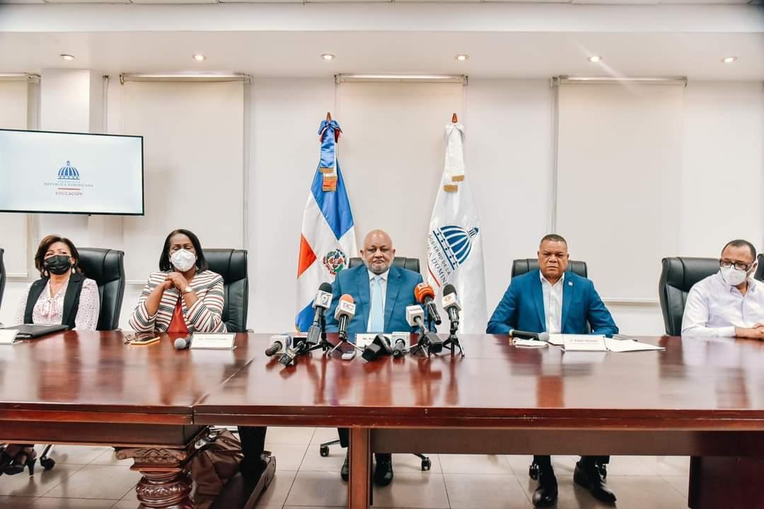 Ministerio de Educación abre Concurso de Oposición Docente 2021-2022