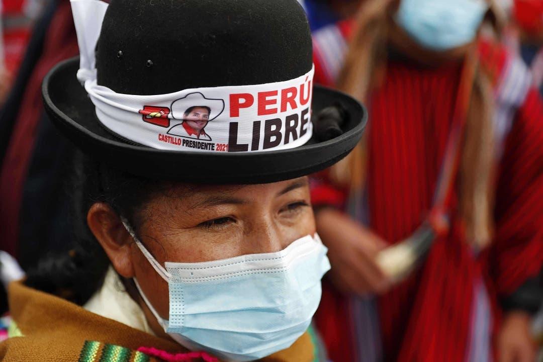 El racismo entró en campaña en la contienda electoral peruana