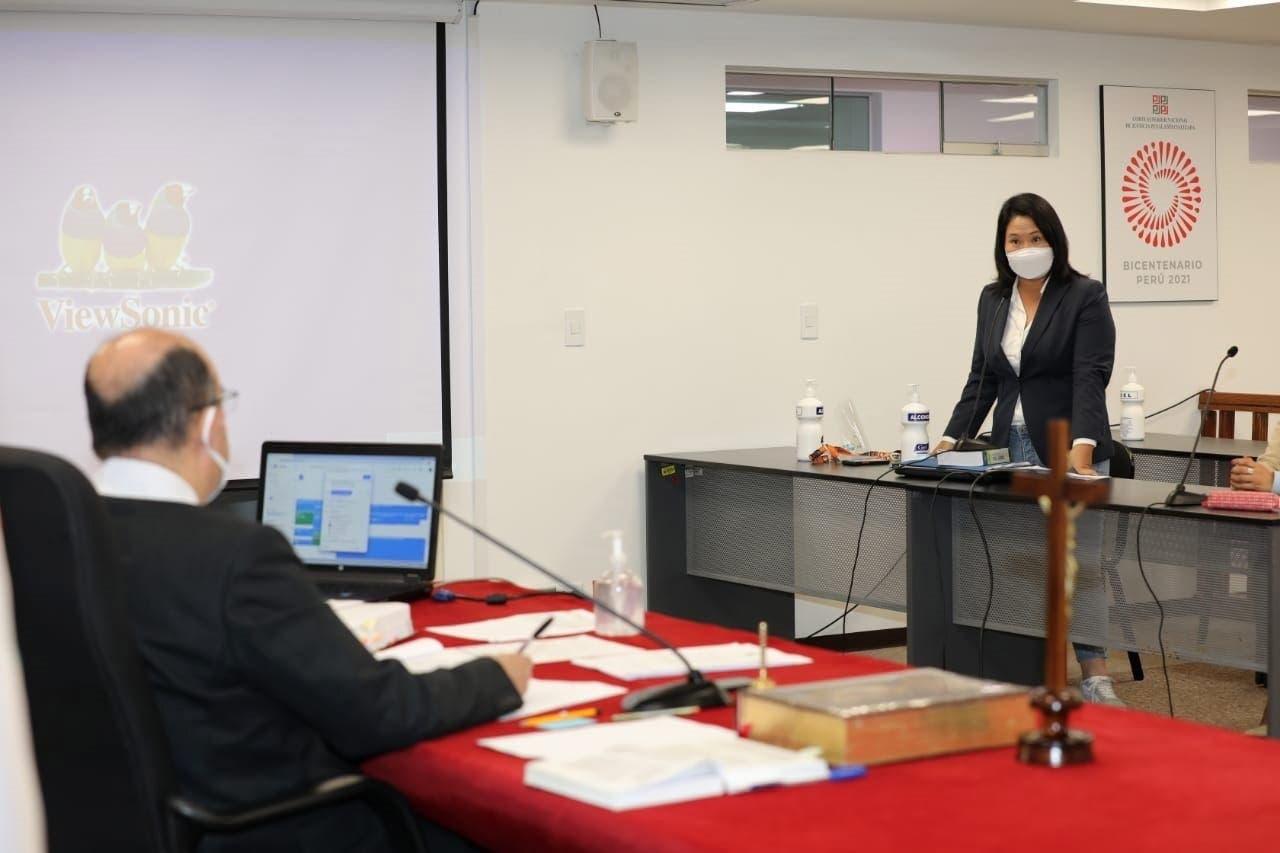 Keiko Fujimori evita volver a prisión en medio de su afán por anular votos en Perú