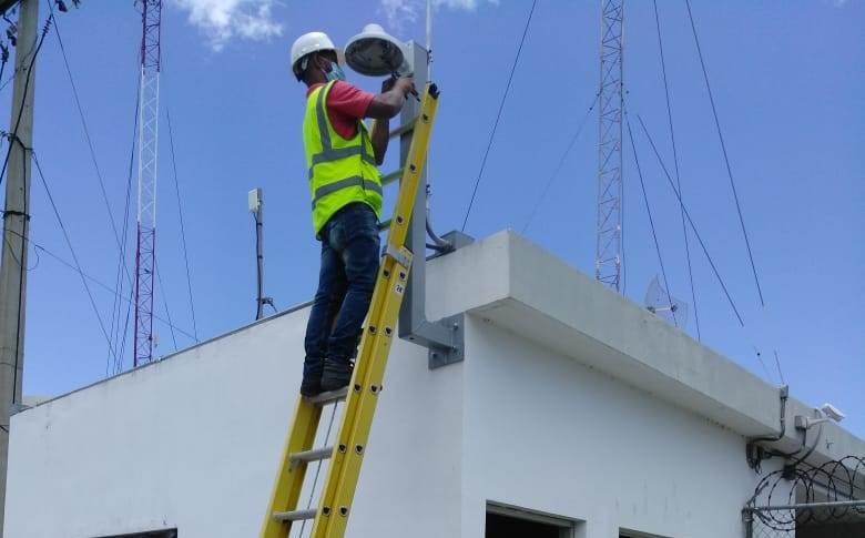 Tras robo de cables, instalan nuevo sistema de cámaras de seguridad en el AILA